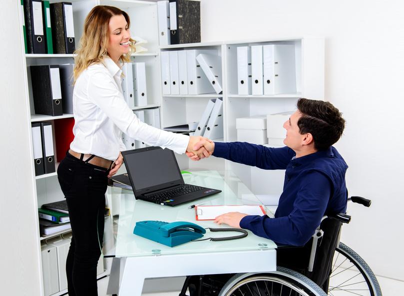 障害者雇用促進法と法定雇用率